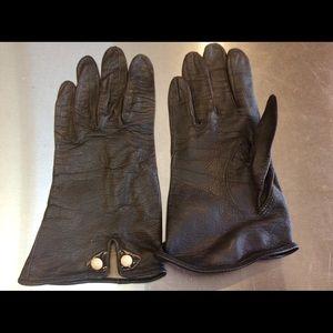 Accessories - 4 Pair Vintage Gloves, Black + White + Blue